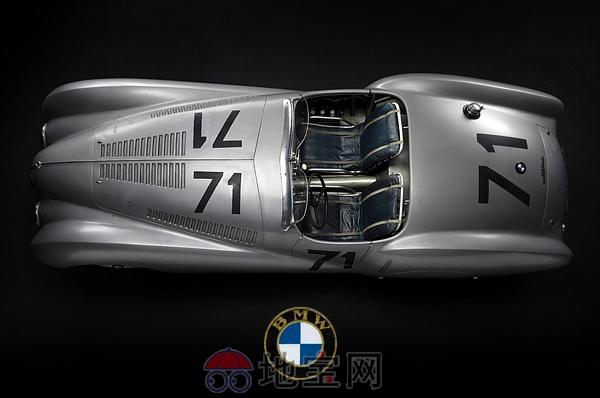 宝马328跑车于二战前,限量生产500辆.您所看到的照片是宝马高清图片