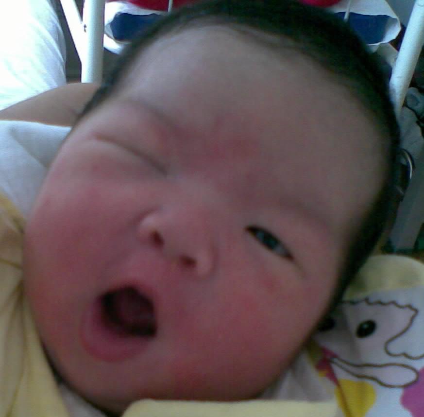 可爱中国宝宝桌面; 前段时间给宝宝拍了张相片